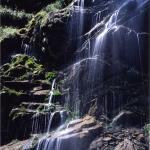 關山啞口、岩壁雨瀑