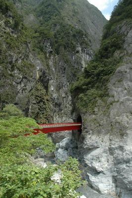 遠眺流芳橋
