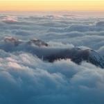 雲海浮沈大劍山