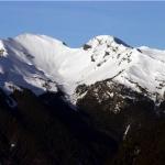 雪山主峰雪景