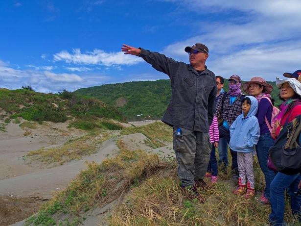 每位寫作者心中都有一片曠野 悠遊墾丁人文微旅行—專訪劉還月老師