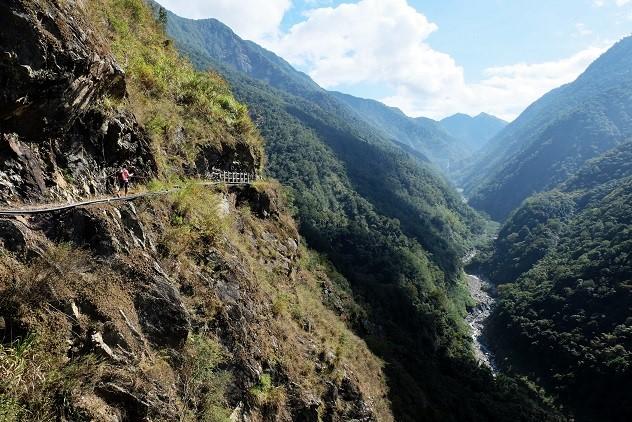 八通關越嶺道西段—雲龍瀑布之旅