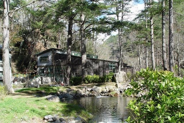 隱匿山間的保育基地--櫻花鉤吻鮭生態中心